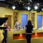 Jill Colonna on TV macaron demonstration live
