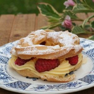 white chocolate raspberry Paris-Brest egg yolk recipe
