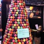 Giant-macaron-cone