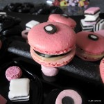 pink reglisse macarons