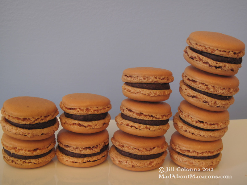 4 macarons stacks chocolate caramel