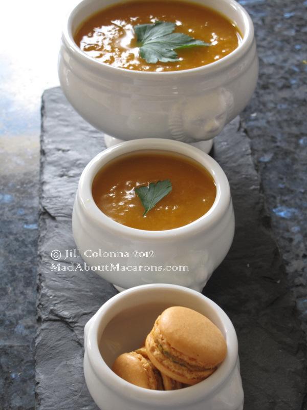 pumpkin-leek-soup-curry-macarons