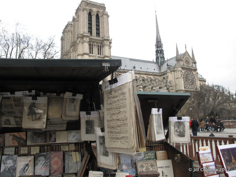 booksellers-Notre-Dame-Paris