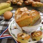 Banana-almond-choc-chip-cakes