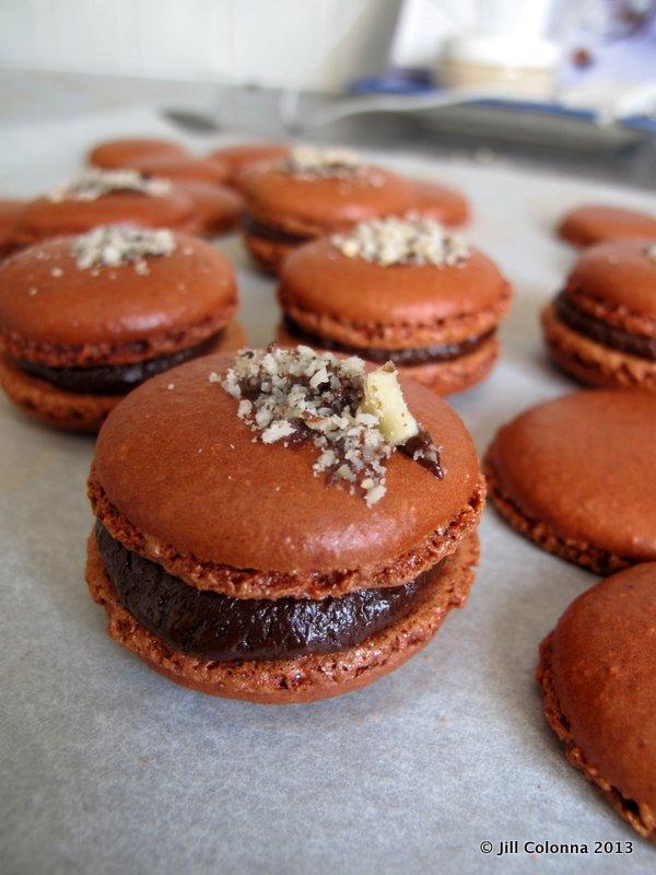 Home made chocolate hazelnut macarons - MadAboutMacarons.com