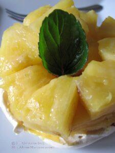 Lemon cream meringue nests