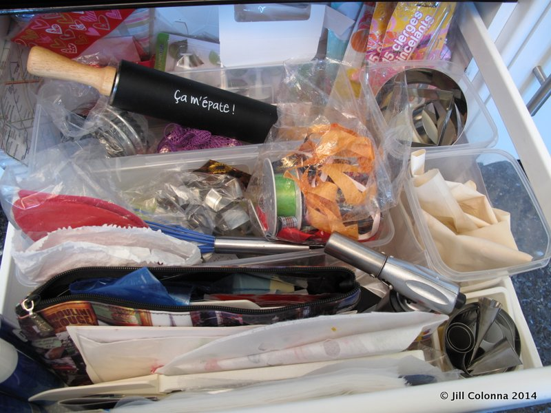 organising a pastry baking drawer