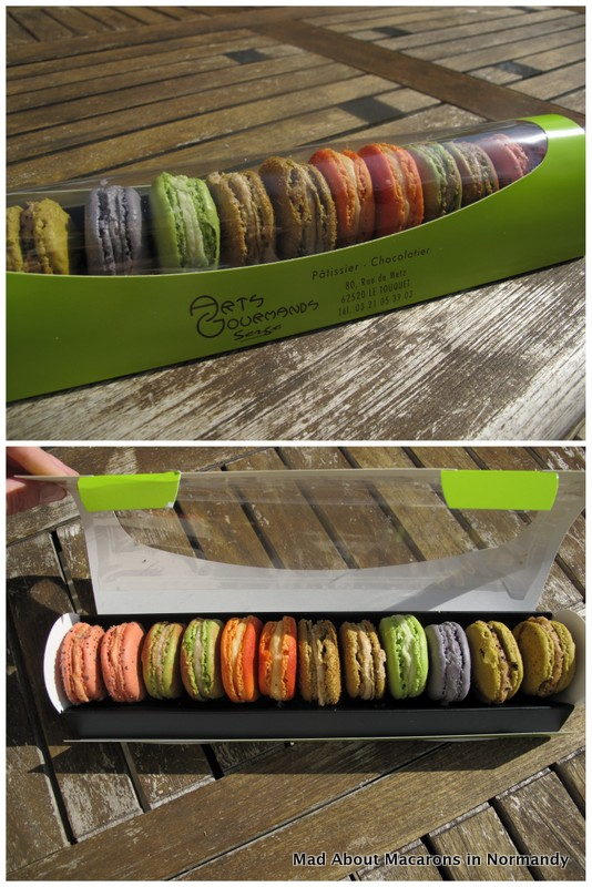 Creative macaron packaging for 12