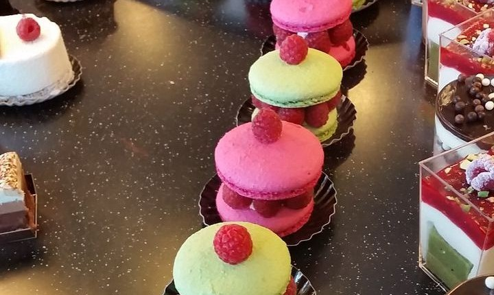 macarons ispahan style in local patisseries