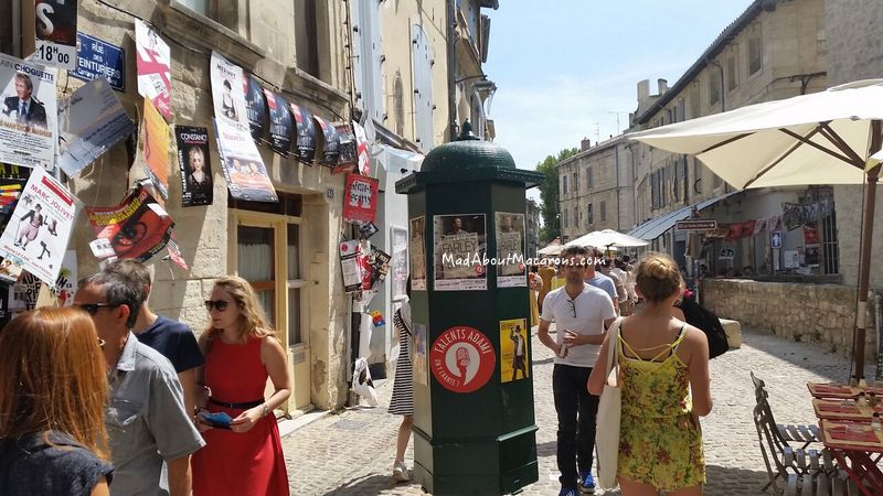 Festival spirt in the streets of Avignon