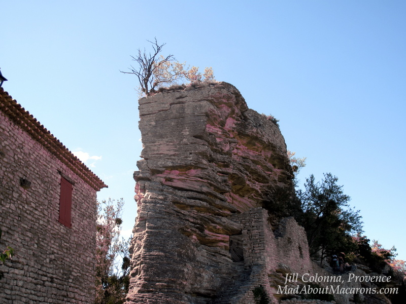 Back of the rock Saignon Provence