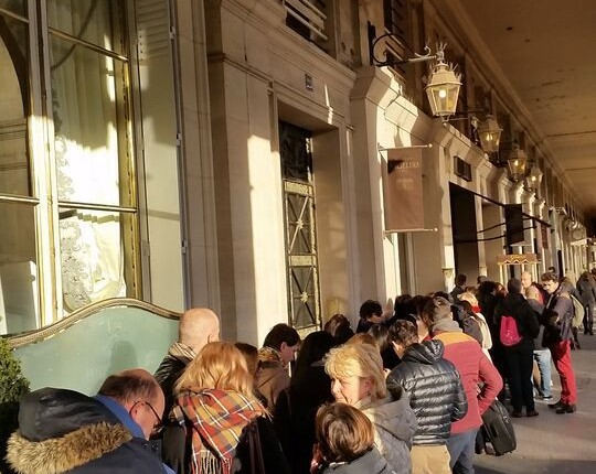 Angelina queues at rue de Rivoli Paris