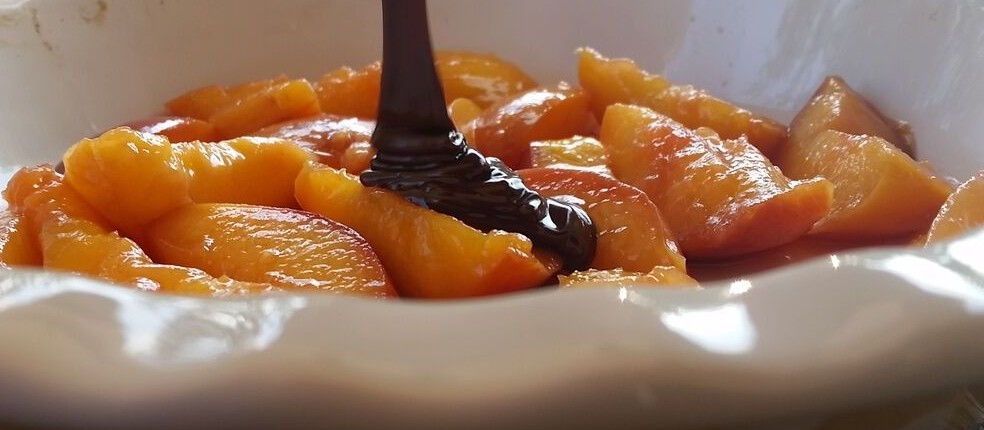 nectarine and chocolate pudding