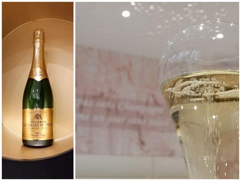 Champagne Bulles de Paris flute bottle