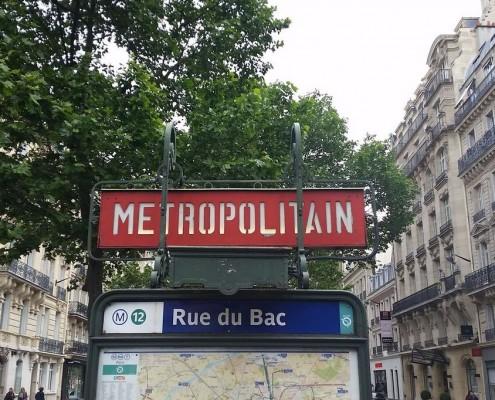 Rue du Bac Metro Paris
