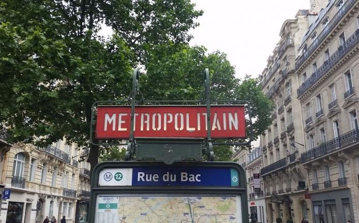 Rue du Bac Metro - Paris Pastry Street
