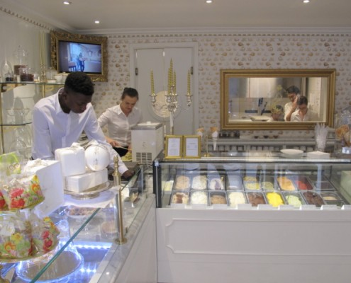 luxury italian ice cream parlour Paris