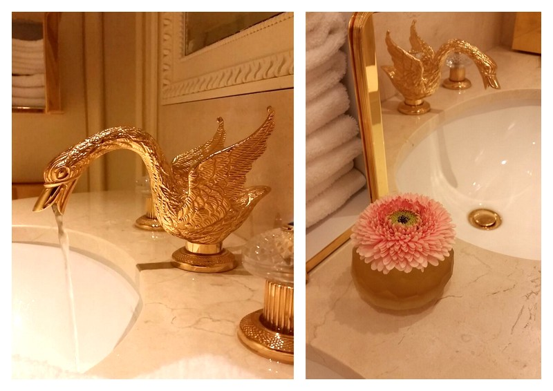 Tea break Ritz Paris restrooms