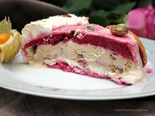 Vacherin Ice Cream Cake