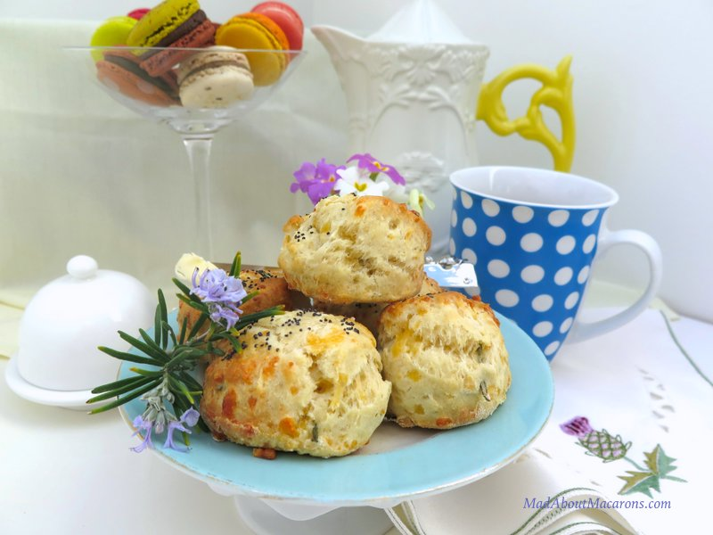 Fluffy Cheese Scones